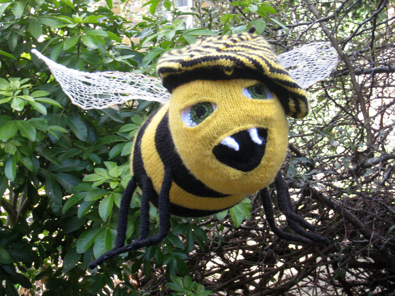 knitted bee print