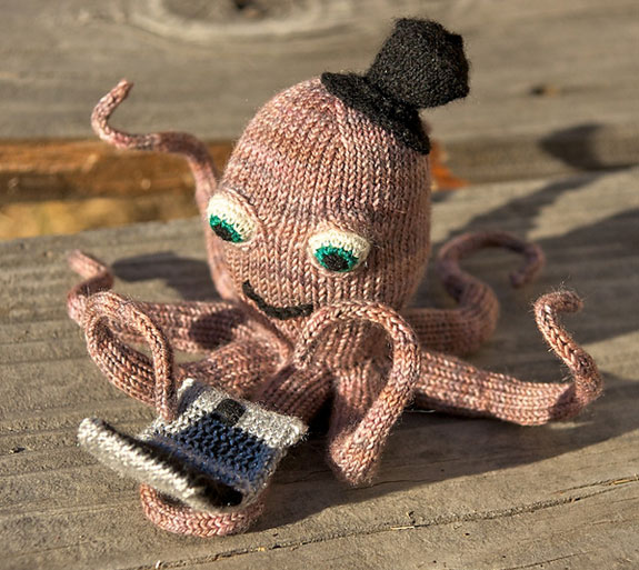 Octopus on a Laptop by burymewithmyneedles