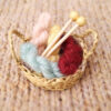 The Knitting stash brooch - Skeins and knitting needles