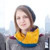 Knitted hexaflexagon cowl