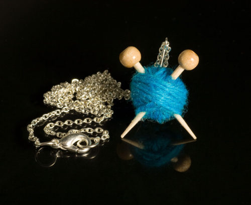 Knitter's Necklace - Blue