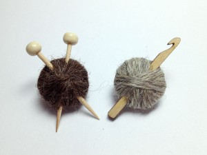 knit-crochet-british-wool-brooches