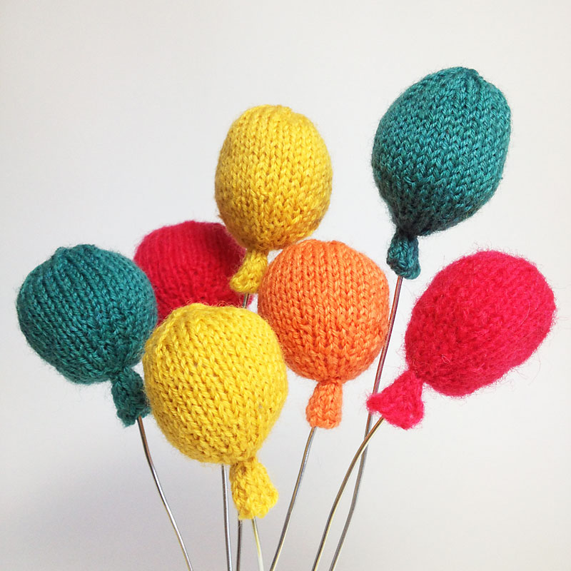 Knitted balloons