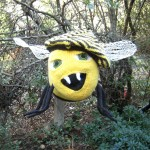 hello knitted bee