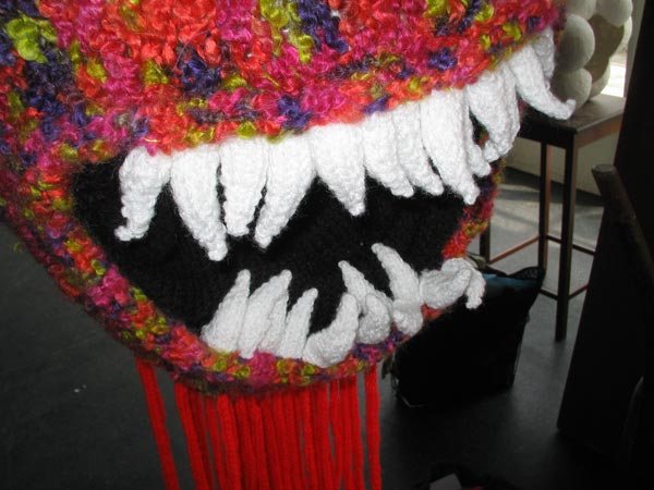 knitted teeth